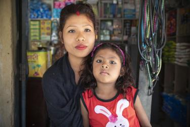 mother and daughter in nepal